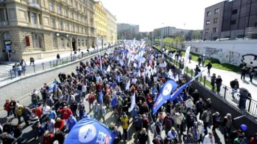 Demonstrace odborů v Praze